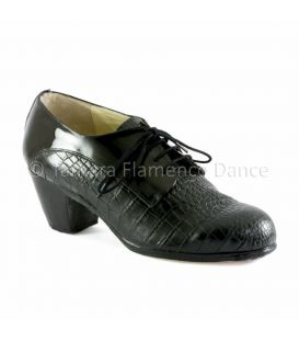 Blucher for man black coco and patent leather front