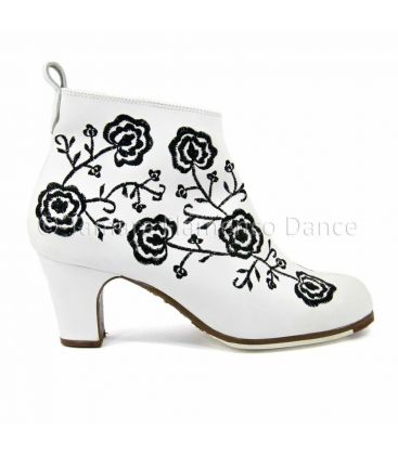 flamenco shoes professional for woman - Begoña Cervera - Botin Bordado (Embroidered)