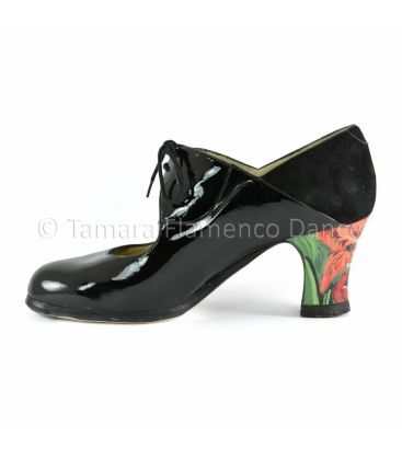 in stock flamenco shoes professionals - Begoña Cervera - Flamenco shoes begoña cervera arty black patent leather interior