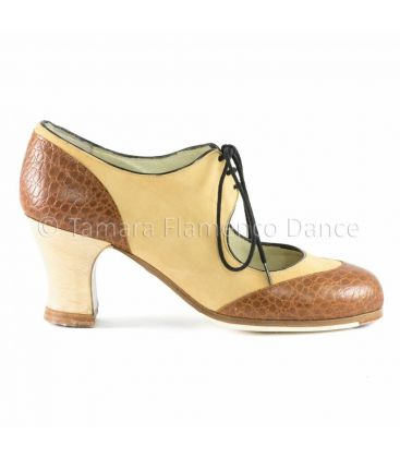 in stock flamenco shoes begona cervera - Begoña Cervera - Cordoneria