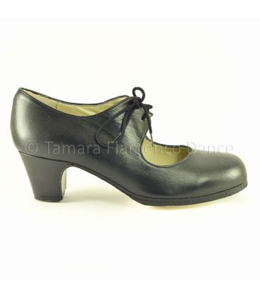 in stock flamenco shoes professionals - Begoña Cervera - Cordonera black leather classic 5 cm heel