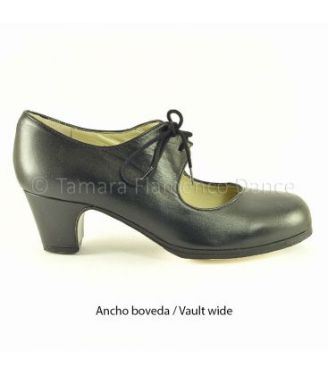 in stock flamenco shoes professionals - Begoña Cervera - Cordonera black leather classic 5 cm heel Vault wide