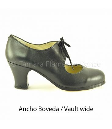 in stock flamenco shoes professionals - Begoña Cervera - Cordonera black leather carrete heel vault wide
