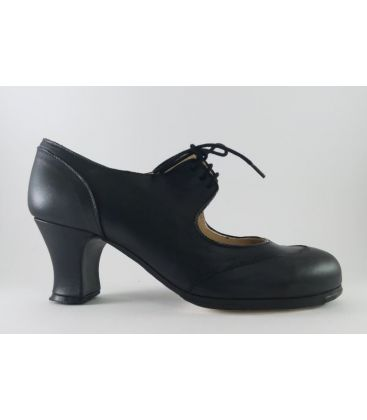 in stock flamenco shoes begona cervera - Begoña Cervera - Cordoneria black leather