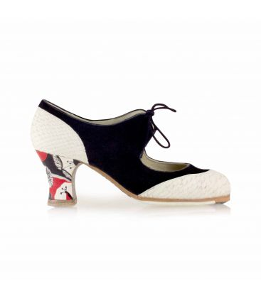 flamenco shoes professional for woman - Begoña Cervera - Cordoneria black and white suede and leather heel carrete hand painted