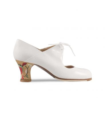 flamenco shoes professional for woman - Begoña Cervera - Arty white patent leather carrete heel hand painted